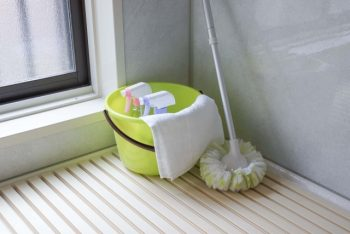 水回りブラシで掃除が基本